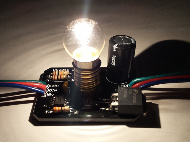 Individually addressable lamp module